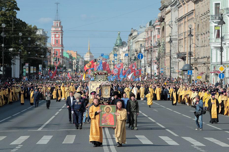 «Союз православных граждан» назвал фаворитов на выборах в Госдуму для верующих