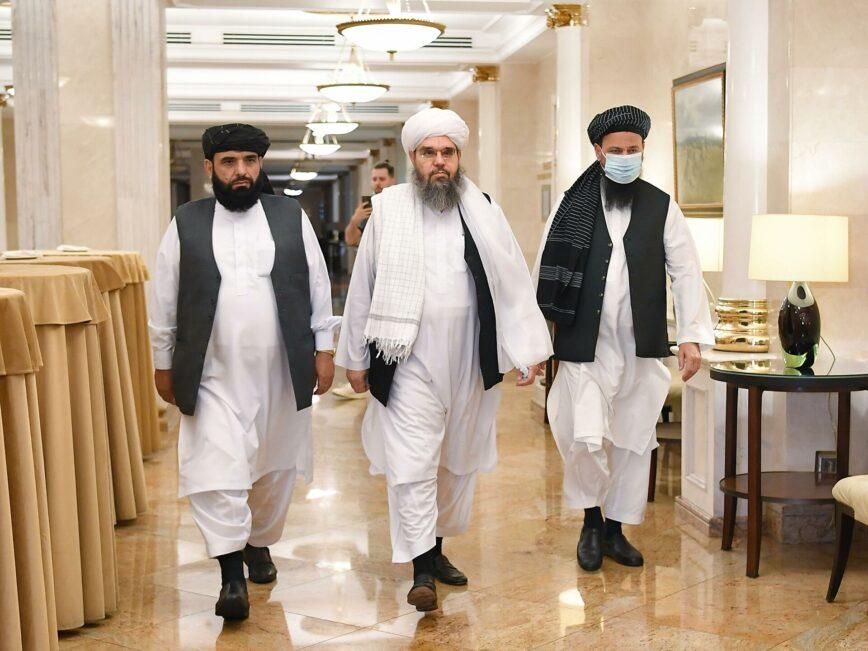 Россия контактирует с талибами*, но не вмешивается в их дела