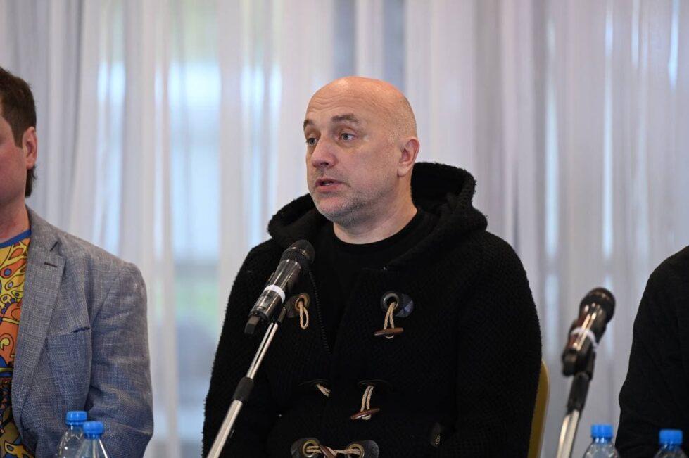 Захар Прилепин: «Вся российская политика – безобразна. Она лжива, мелкотравчата»