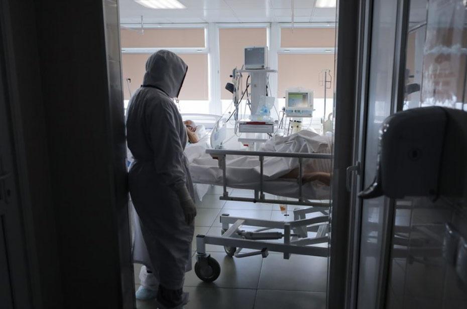 Коронавирус ежедневно забирает все больше жизней. Новый суточный рекорд – 999 смертей