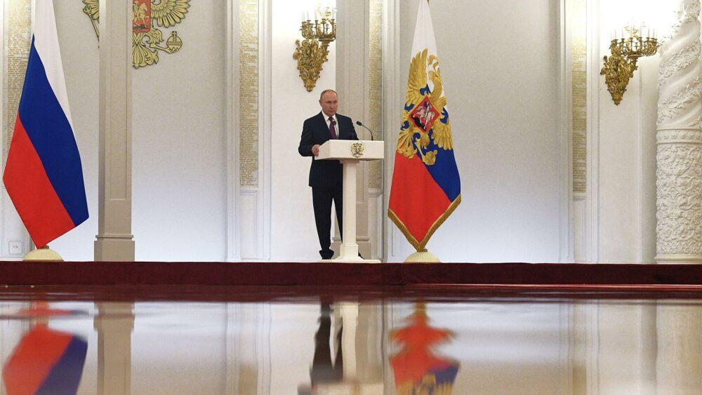 Владимир Путин порадовался «За Правду» в «Справедливой России», но забыл про «Патриотов»