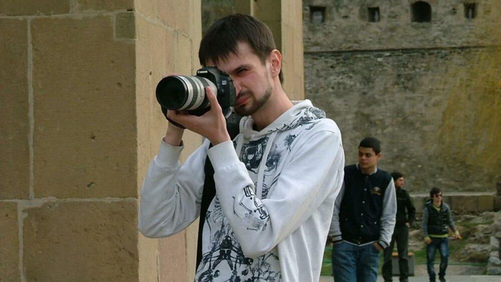 Российские силовики передали белорусскому КГБ журналиста из Москвы
