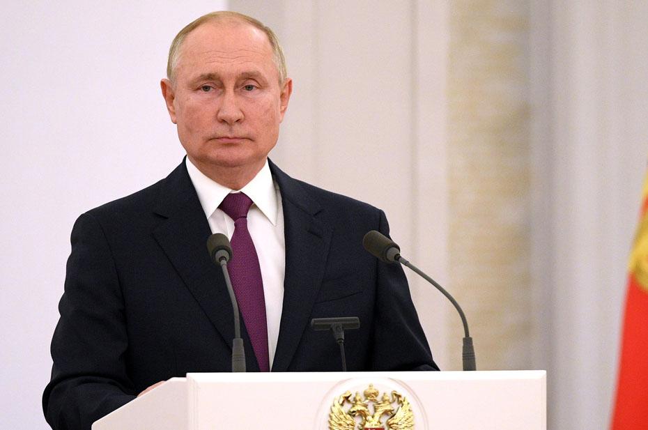 Путин поручил депутатам проработать вопрос индексации материнского капитала по фактической инфляции